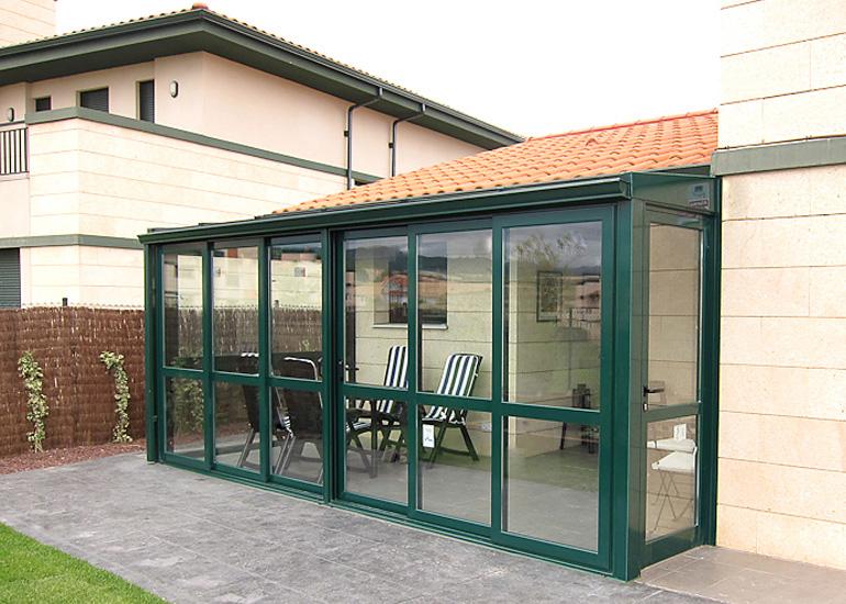 Corredera perimetral 73 talleres usieto for Puerta corredera jardin