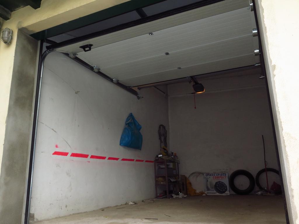 hueco de entrada de garaje
