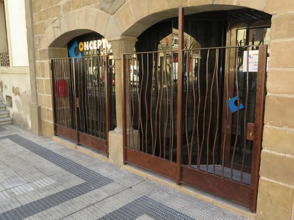 Rejas de hierro con dise o creativo talleres usieto - Rejas exteriores ...
