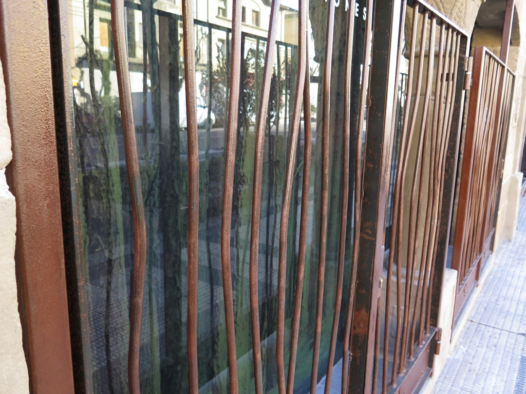 rejas de hierro con dise o creativo talleres usieto