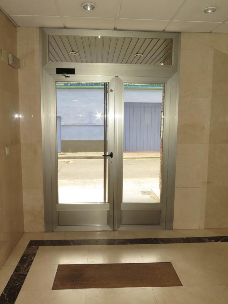 Puertas para terrazas aluminio ideas de disenos - Puerta terraza aluminio ...