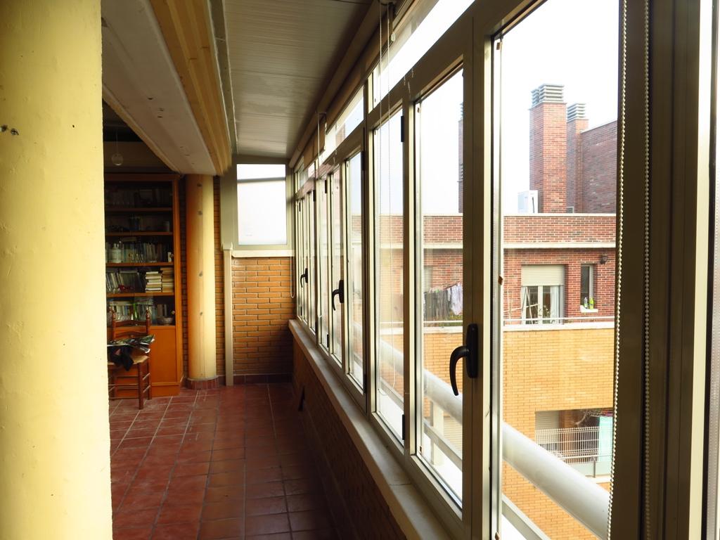 Cerramiento de terraza ventanales cubierta y canal - Cerramientos de aticos ...