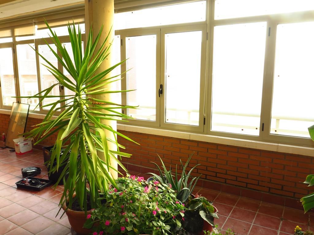 Cerramiento de terraza ventanales cubierta y canal talleres usieto - Ventanas rotura puente termico ...